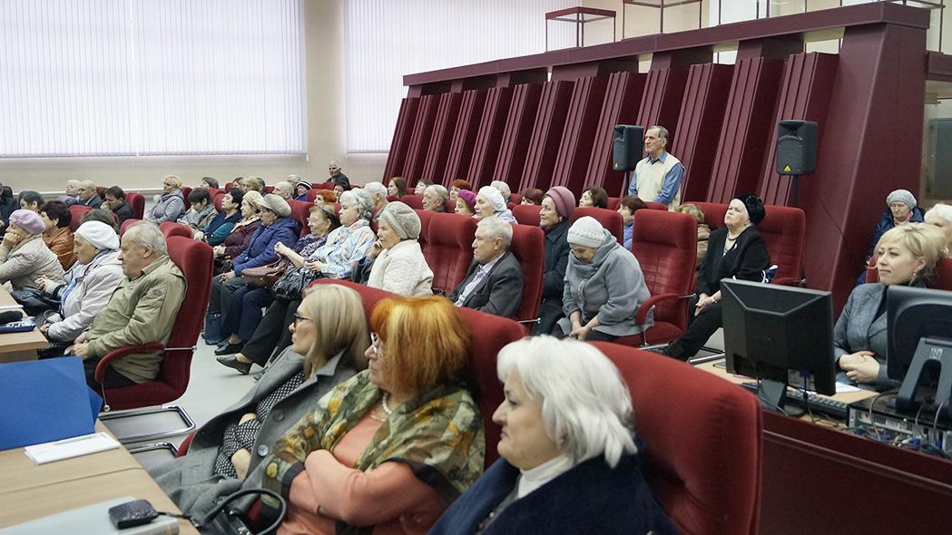 ХМЕЛЬНИКАМ ПОМОЖЕТ (Все вопросы жителей Дивногорска и поселков администрация взяла на заметку)